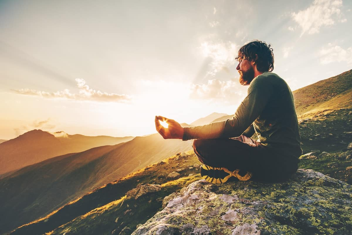 Contemplation vs Meditation: What is the Difference ...
